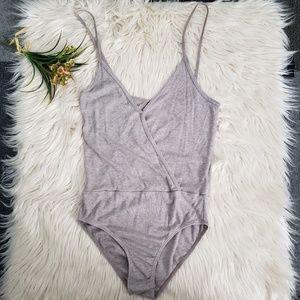 LA HEARTS ribbed wrap keyhole back bodysuit M